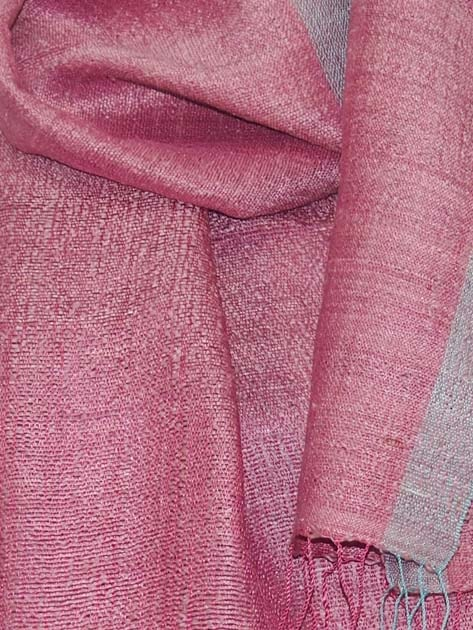 Echarpe en soie naturelle filée et tissée à la main par les artisanes des villages du Laos - artisanat authentique et équitable - code 201114-f3