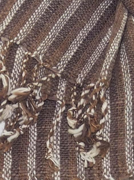 Echarpe en coton filée et tissée à la main par les artisanes des villages du Laos - artisanat authentique et équitable - code 201145-f2