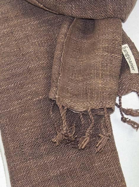 Echarpe en coton filée et tissée à la main par les artisanes des villages du Laos - artisanat authentique et équitable - code 201147-f1