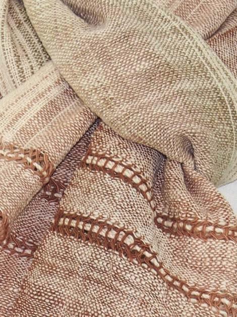 Echarpe en coton filée et tissée à la main par les artisanes des villages du Laos - artisanat authentique et équitable - code 201214-f1