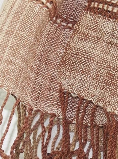Echarpe en coton filée et tissée à la main par les artisanes des villages du Laos - artisanat authentique et équitable - code 201214-f2