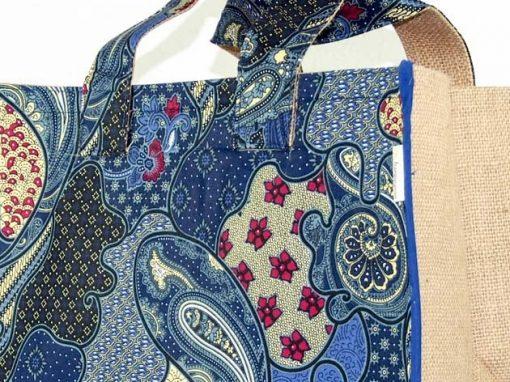 Sac panier en coton batik et jute cousu à la main par les artisanes des villages de la Thaïlande - artisanat équitable - code 102132B-f3