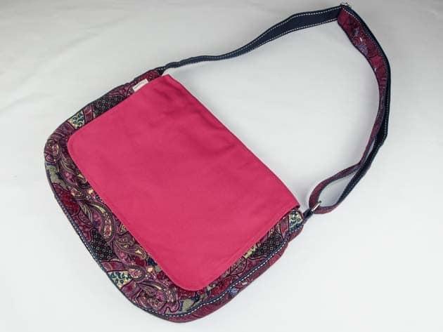 Sac en coton batik rose cousu à la main par les artisanes des villages de la Thaïlande - artisanat équitable - code 102102R