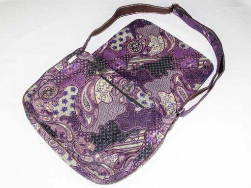 Sac en coton batik violet cousu à la main par les artisanes des villages de la Thaïlande - artisanat équitable - code 102102V-f2