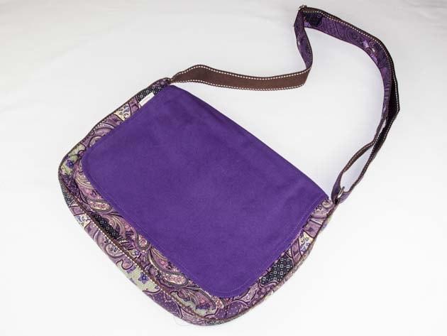 Sac en coton batik violet cousu à la main par les artisanes des villages de la Thaïlande - artisanat équitable - code 102102V