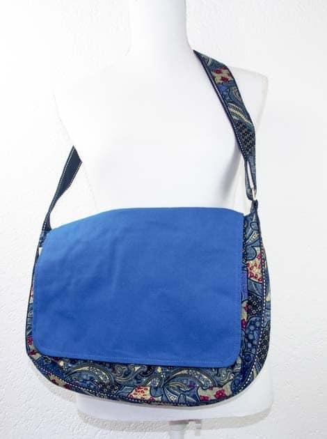 Sac en coton batik bleu cousu à la main par les artisanes des villages de la Thaïlande - artisanat équitable - code 102102-f6