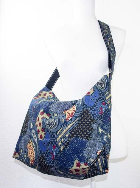 Sac en coton batik bleu cousu à la main par les artisanes des villages de la Thaïlande - commerce équitable - code 102107B-f3