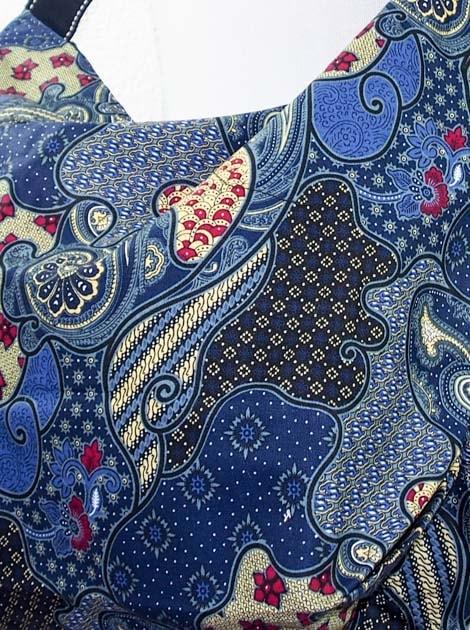 Sac en coton batik bleu cousu à la main par les artisanes des villages de la Thaïlande - commerce équitable - code 102107B-f5