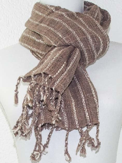 Echarpe en coton teinture naturelle filé et tissé à la main - artisanat cadeau équitable du Laos - code 2011718-f2