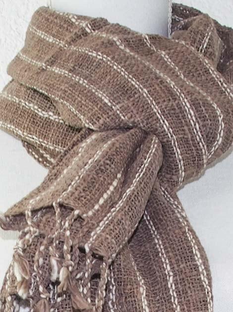 Echarpe en coton teinture naturelle filé et tissé à la main - artisanat cadeau équitable du Laos - code 2011718-f3