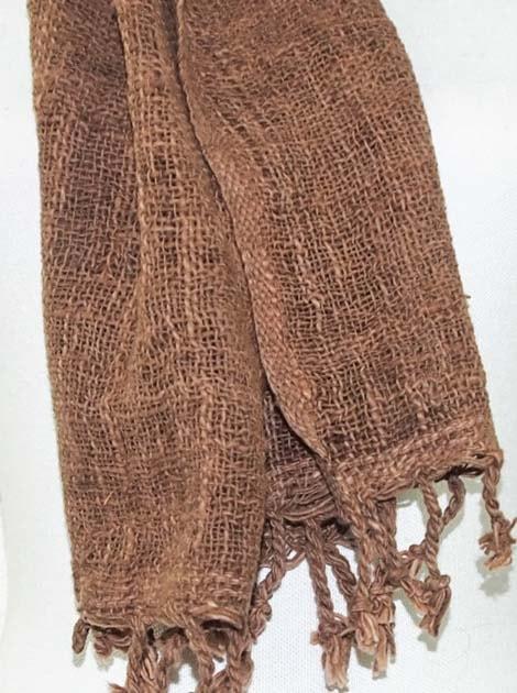 Echarpe en coton teinture naturelle filé et tissé à la main - artisanat cadeau équitable du Laos - code 2011721-f3