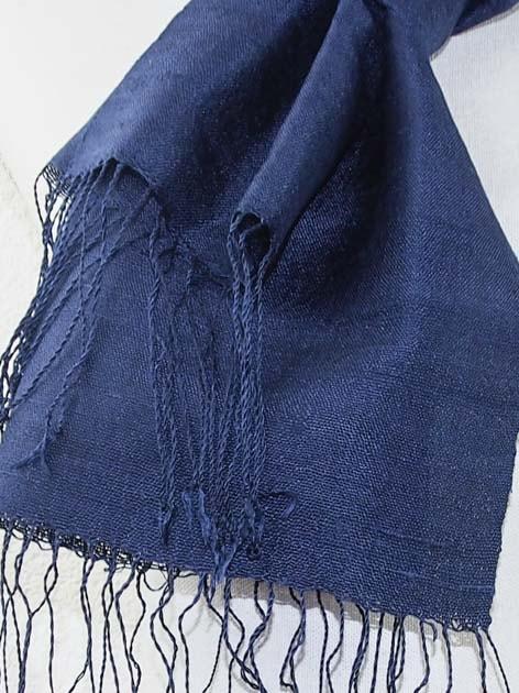 Echarpe, foulard en soie naturelle filée et tissée à la main - artisanat cadeau équitable du Laos - code 2011713-f3