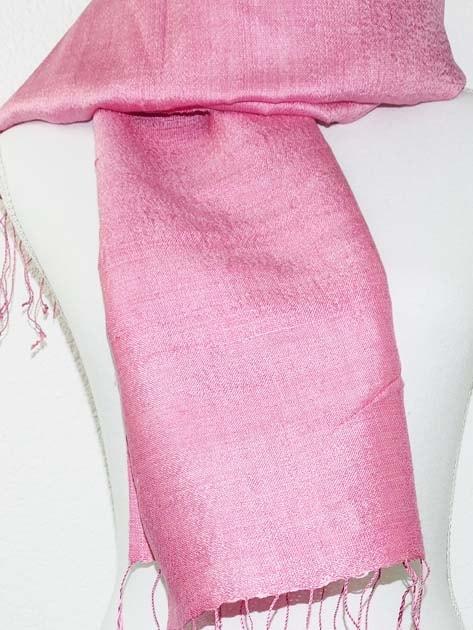 Echarpe, foulard en soie naturelle filée et tissée à la main - artisanat cadeau équitable du Laos - code 2011714-f2