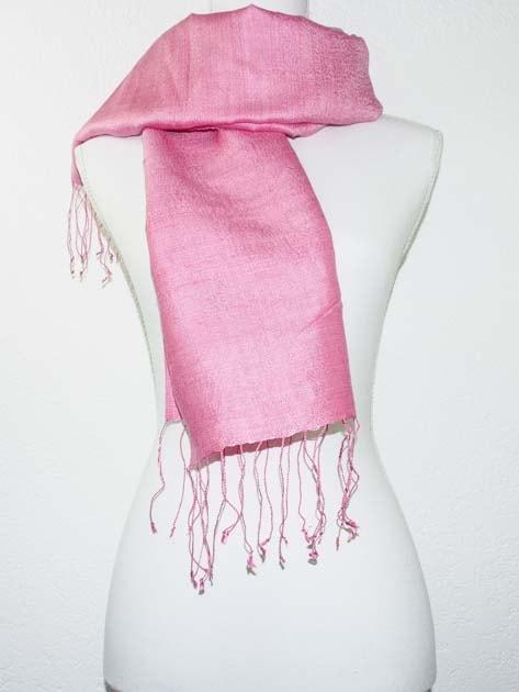 Echarpe, foulard en soie naturelle filée et tissée à la main - artisanat cadeau équitable du Laos - code 2011714