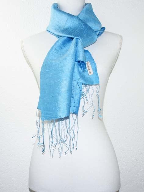 Echarpe, foulard en soie naturelle filée et tissée à la main - artisanat cadeau équitable du Laos - code 2011715