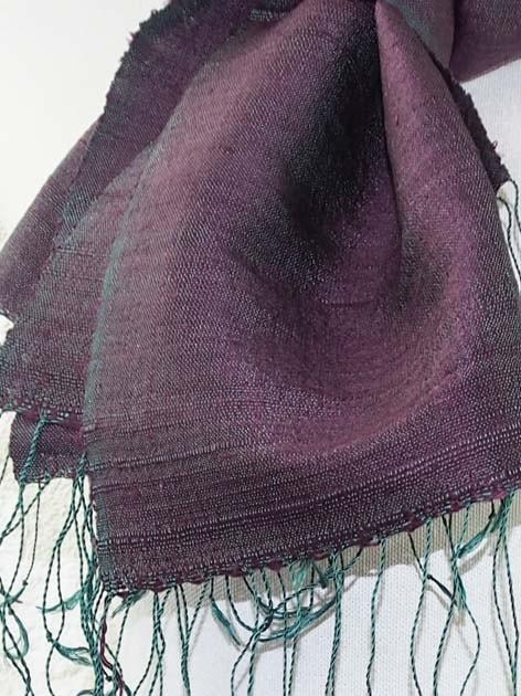 Echarpe, foulard en soie naturelle filée et tissée à la main - artisanat cadeau équitable du Laos - code 201178-f3