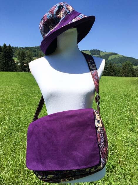 Sac bandoulière ou épaule en coton batik violet cousu à la main par les artisanes des villages de la Thaïlande - cadeau équitable - code 102102V2
