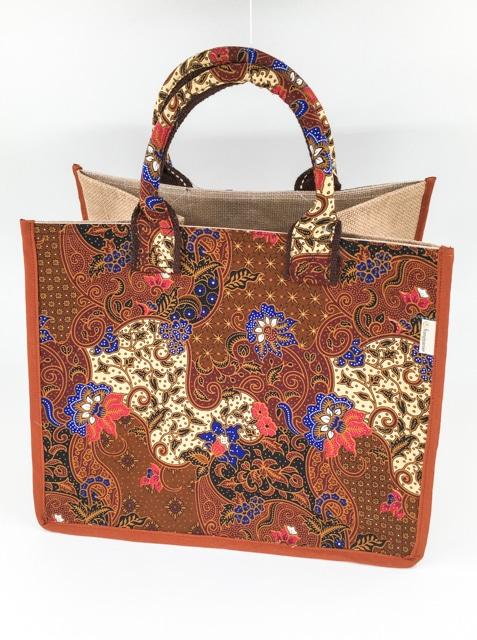 frangipanier-artisanat-equitable-panier-jute-coton-batik-thailande-102132NB