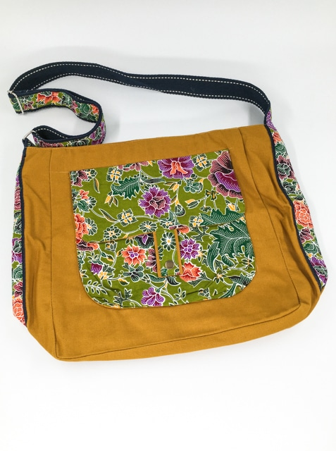 frangipanier-commerce-equitable-sac-coton-batik-102136MO