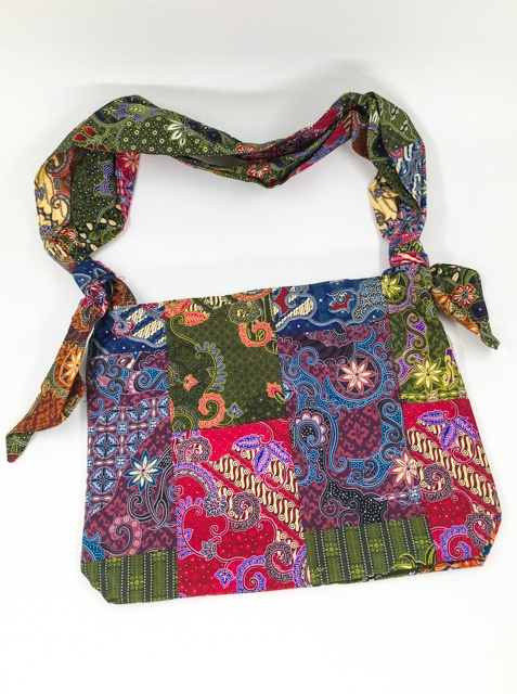 frangipanier-commerce-equitable-sac-patchwork-coton-batik-1021061-f2