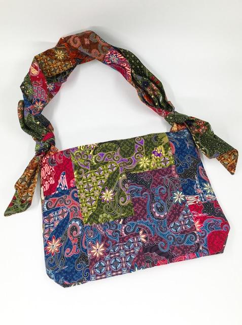 frangipanier-commerce-equitable-sac-patchwork-coton-batik-1021062-f3
