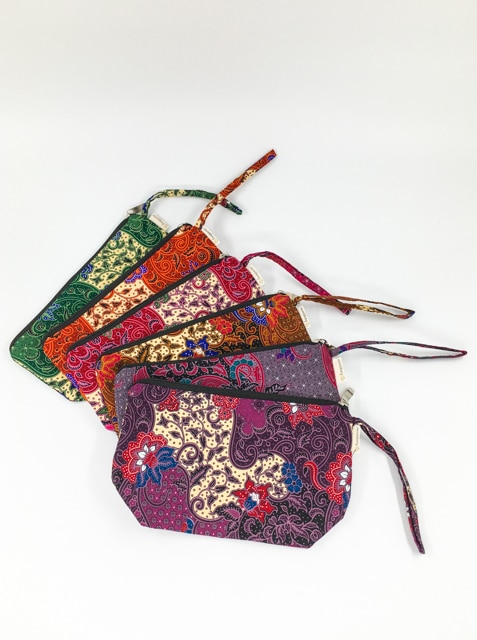 frangipanier-commerce-equitable-trousse-coton-batik-102117