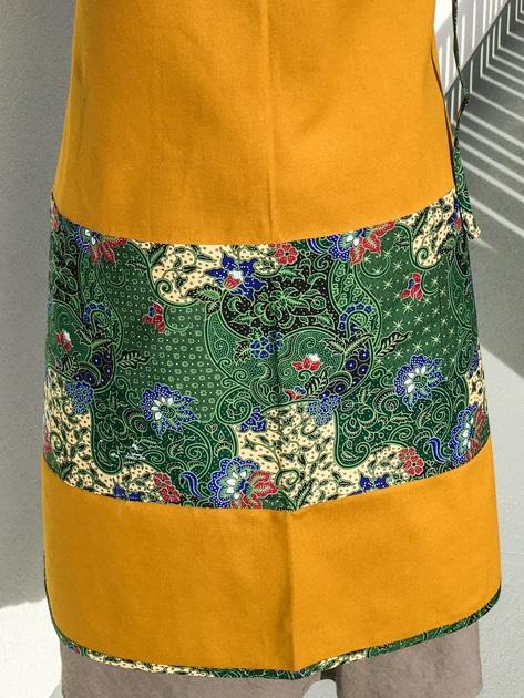 frangipanier-commerce-equitable-tablier-coton-batik-102148-1101-f4