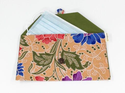 frangipanier-commerce-equitable-pochette-masque-coton-batik-102166-0111-f2