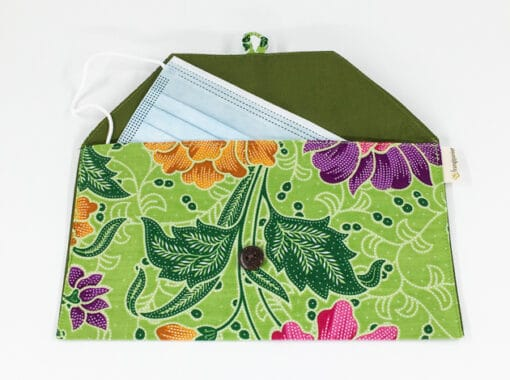 frangipanier-commerce-equitable-pochette-masque-coton-batik-102166-0114-f2